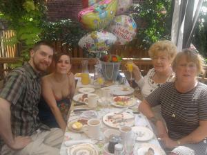 (From L-R) Aaron, Heather, My Mom, and Cheri wrapping up brunch