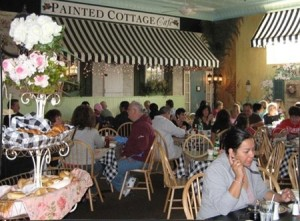 Leisurely brunching at the Painted Cottage Cafe. Picture courtesy of Painted Cottage.